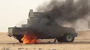 فیلم/ لحظه انهدام خودروهای زرهی سعودی