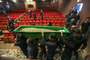 عکس/ تشییع آخرین بازمانده سیاهبازی ایران