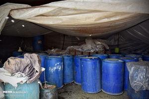عکس/ ساخت مشروبات الکلی در گاوداری!