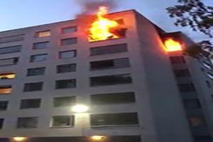 فیلم/ فرار مرگبار از میان شعله های آتش!