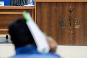 """فیلم/ قرائت کیفرخواست""""سلطان سکه"""" در دادگاه"""