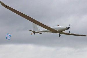 پرواز موفق هواپیمای خورشیدی خودران +عکس