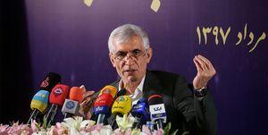 شهردار تهران: زنان سالمتر از مردان کار میکنند