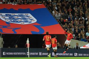 شکست انگلیس در خانه برابر اسپانیا