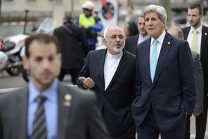 کری: از پیروزی روحانی و انتصاب ظریف خیالمان آسوده شد