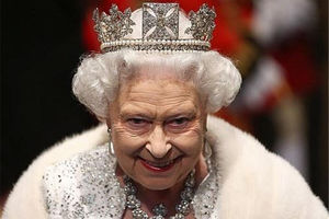 فیلم/ اسکورت متفاوت ملکه انگلیس!