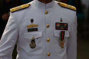 عکس/ نشانی که امیر سیاری از رهبر انقلاب دریافت کرد