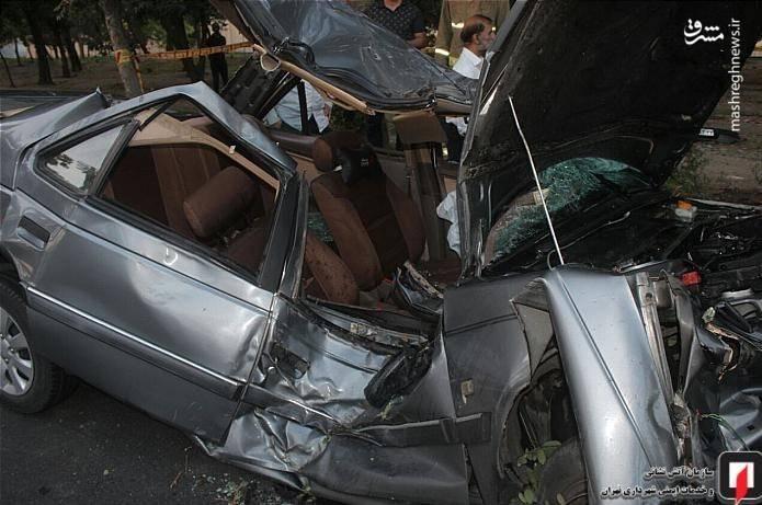 مرگ تلخ راننده پژو 405 درمیان آهنپارههای خودرو + عکس