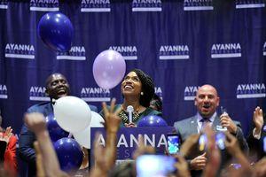 امید دموکرات ها به آینده سیاسی آیانا پرِسلی، نامزد انتخابات کنگره از ماساچوست