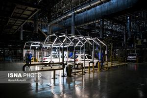 عکس/ بازدید شمخانی از کارخانه ایران خودرو