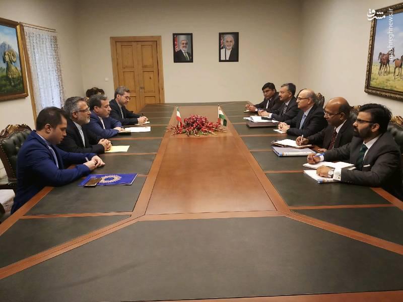 یدار عراقچی معاون سیاسی وزارت خارجه کشورمان با ویجی گوکلی معاون سیاسی وزارت خارجه هند در کابل