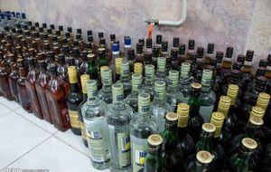 دستگیری سه متهم فروش مشروبات الکلی تقلبی در کرج