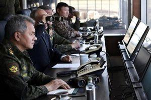 عکس/ پوتین در بزرگترین رزمایش تاریخ روسیه