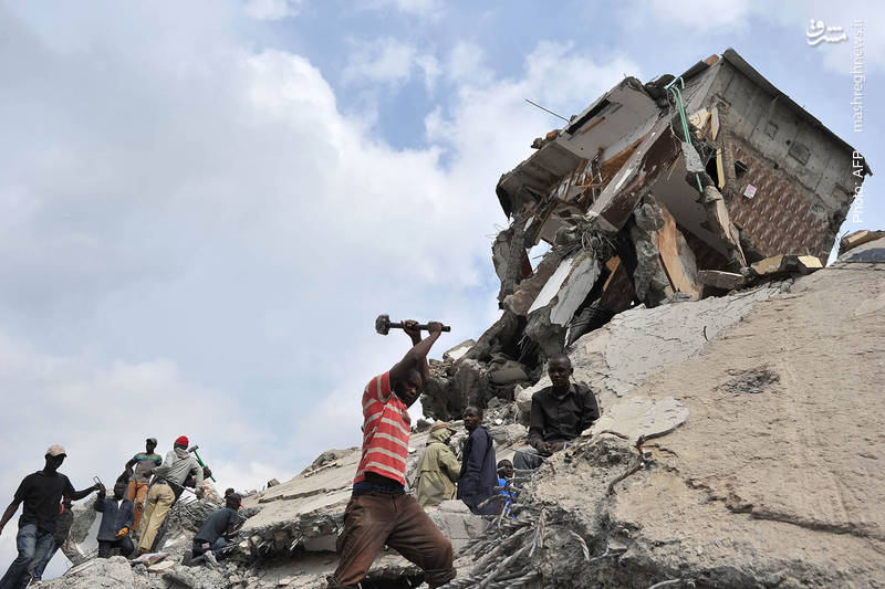 تخریب یک مرکز تجاری در نایروبی کنیا به دلیل ساخت غیرقانونی آن در بستر رودخانه