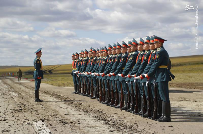برگزاری بزرگترین مانور نظامی روسیه با مشارکت 300 هزار نیرو