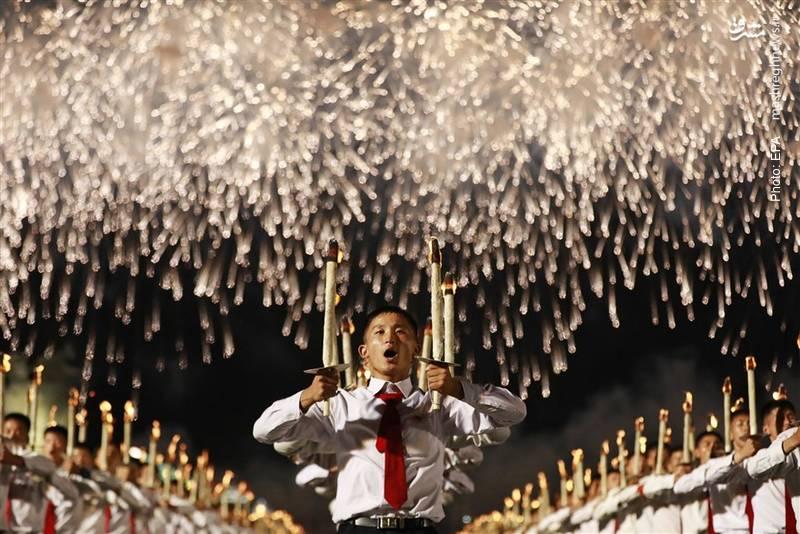 آتشبازی در جشن هفتادسالگی کره شمالی