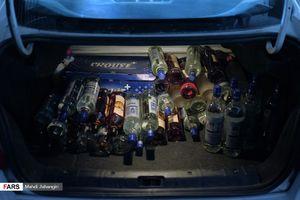 کشف ۱۰۰۰ شیشه انواع مشروبات الکلی در مشهد