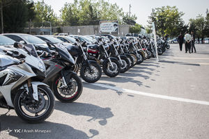 توقیف موتورسیکلتهای چند صد میلیونی توسط پلیس +عکس