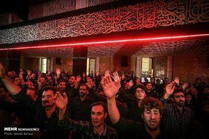 عکس/ حضور رئیسی در حسینیه اعظم زنجان