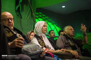 گردشگران خارجی در مراسم عزاداری یزد
