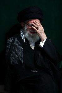 عکس/ عزاداری شام غریبان در حضور رهبر انقلاب