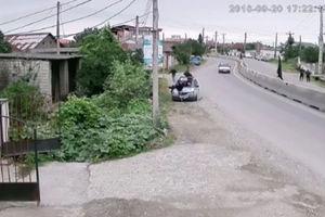 فیلم/ تصادف مرگبار ماشین با عابران پیاده در بابل!