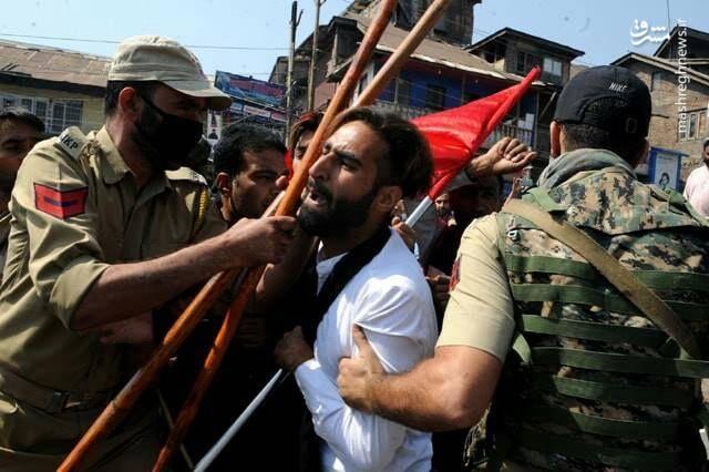 ممانعت پلیس هند از عزاداری شیعیان کشمیر در عاشورای حسینی