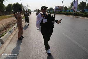 عکس/ شجاعت پاسدار اهوازی هنگام حمله تروریستی
