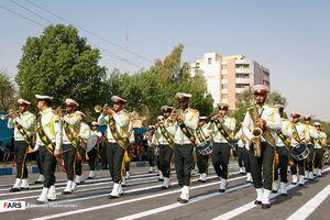 رژه نیروهای مسلح در اهواز