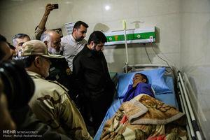 عکس/ عیادت از مصدومان حمله تروریستی اهواز