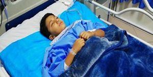 فیلم/ مجروح ۹ ساله حادثه تروریستی اهواز روی تخت آیسی یو
