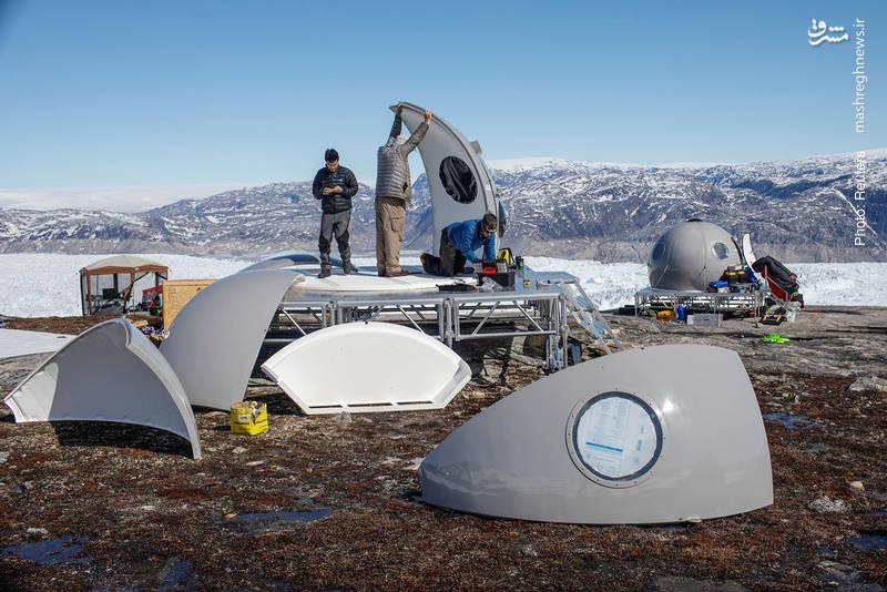 مونتاژ کمپ پژوهش در گرینلند، منطقهای در نزدیکی قطب شمال