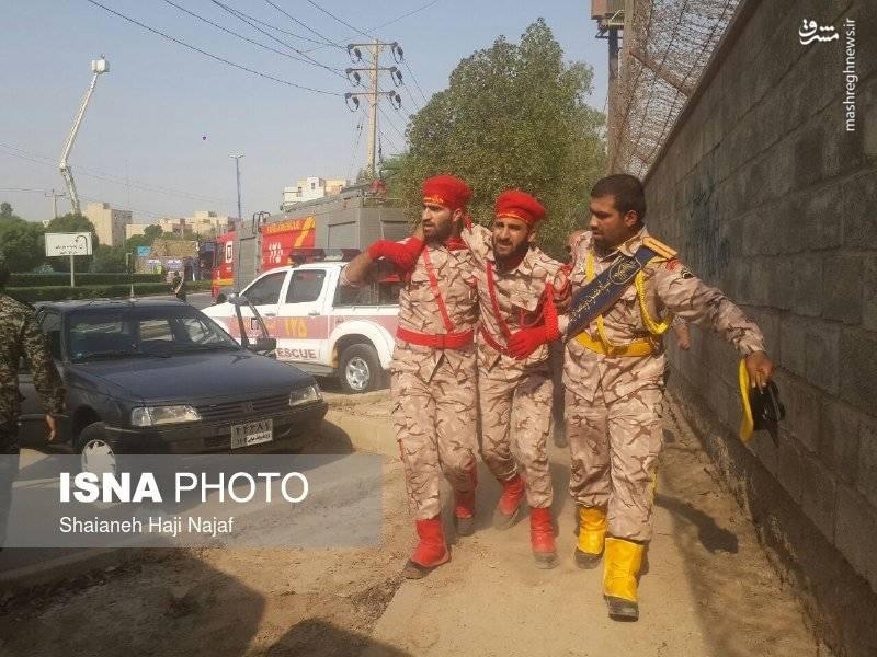 حمله کور تروریستی به رژه نیروهای مسلح در اهواز با ۹ شهید و ۲۱ زخمی/ سخنگوی سپاه: تروریست ها وابسته به «جریان الاهوازیه» هستند +عکس
