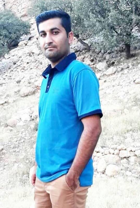 شهید یونس پورجلو، دانشجوی دکترای شیمی امروز درحادثه تروریستی دراهواز به شهادت رسید.