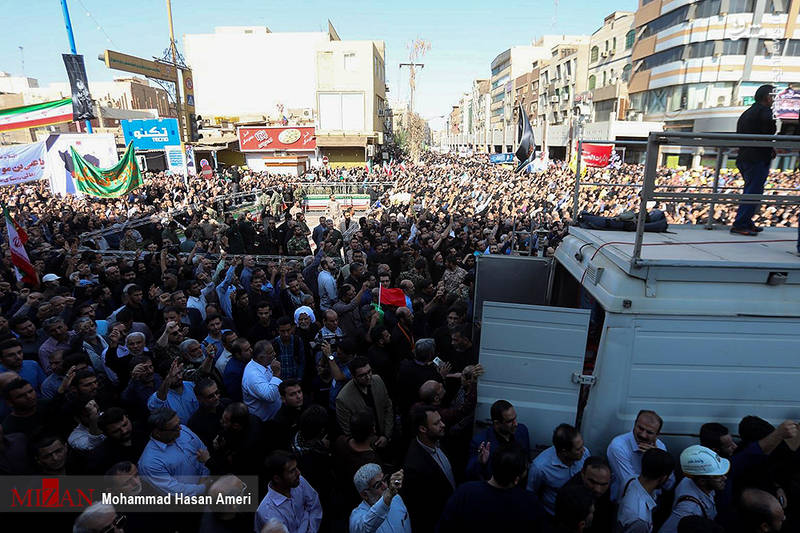 2349510 - تشییع با شکوه شهدای حادثه تروریستی اهواز