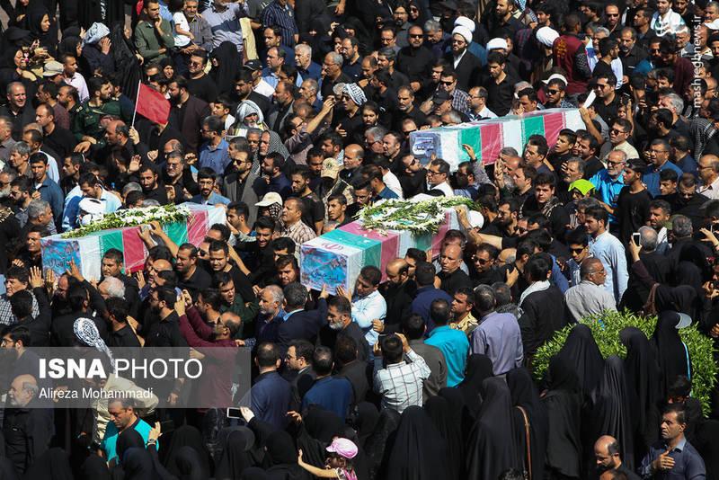 2349598 - تشییع با شکوه شهدای حادثه تروریستی اهواز