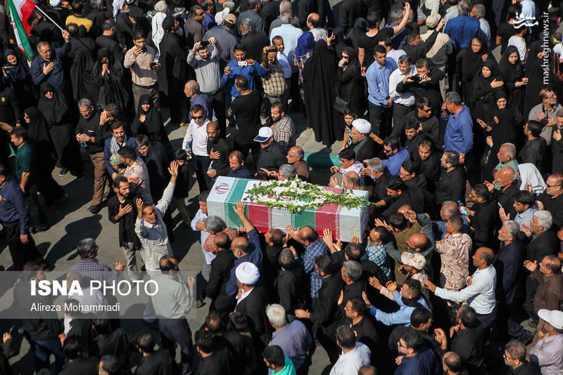 2349600 - تشییع با شکوه شهدای حادثه تروریستی اهواز
