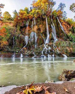 عکس/ چهره پاییزه آبشار بیشه لرستان