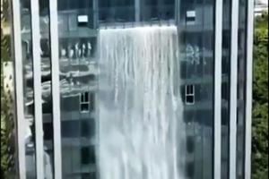 فیلم/ مرتفع ترین آبشار مصنوعی جهان!