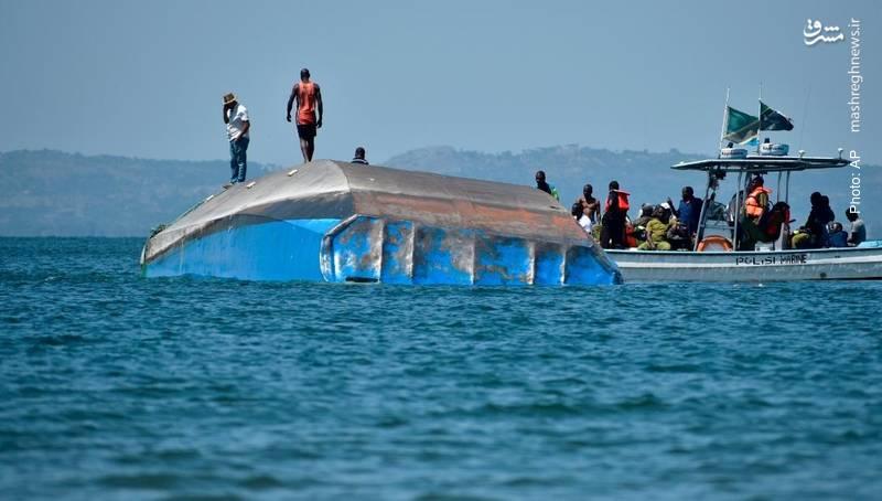 واژگونشدن یک قایق مسافری با بیش از 200 کشته به دلیل تعدادِ بیش از حدِ مسافران