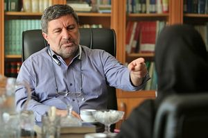 جوّسازی علیه محسن رضایی!/ بیماری روانی وزیر روحانی بهخاطر «گرانی»