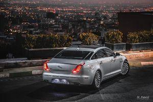 عکس/ خودروی لوکس انگلیسی در تهران!