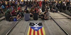عکس/ مسدود کردن جادهها توسط کاتالونیا