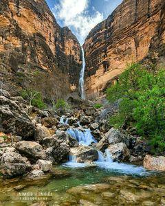 عکس/ آبشاری زیبا در استان فارس