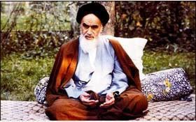 روایتهایی از زندگی ساده امام خمینی در نوفللوشاتو