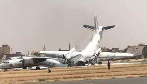 عکس/ برخورد دو هواپیمای نظامی در سودان