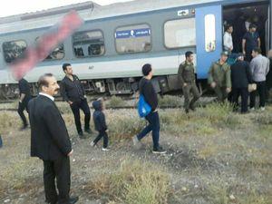 عکس/ خروج قطار از ریل در مسیر زنجان - تهران