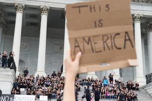 تجمع اعتراضاتی مقابل مجلس سنای آمریکا