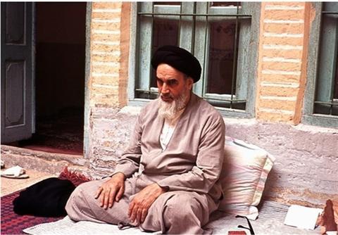 عشق برادرم به امام باعث حسادت ضدانقلاب میشد