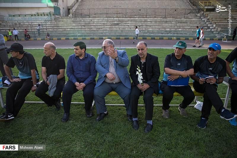 دیدار تیمهای فوتبال جانبازان و هنرمندان